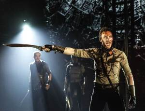 Tom Hiddleston Caius Martius Coriolanus Photo by Johan Persson 3
