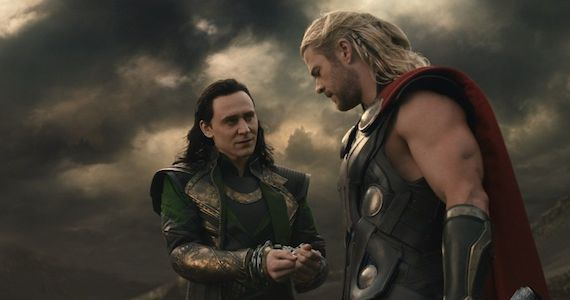 Thor-2-The-Dark-World-Tom-Hiddleston-Chris-Hemsworth