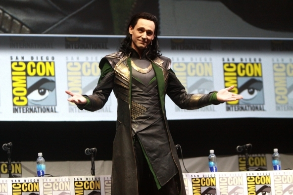 tom-hiddleston-caracterizado-como-loki_106897