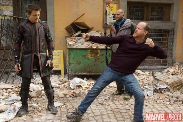 Joss Whedon, director de 'Los Vengadores 2', en el rodaje