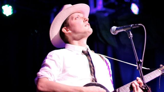 Ward Hayden y Girls Guns and Glory lanzaron un nuevo album tribute a Hank Williams. released a new live tribute album to Hank Williams. Foto por: Suzanne Davis.