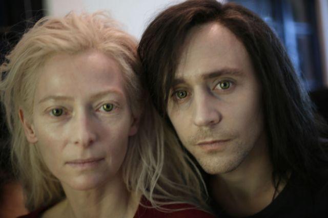 Tilda y Tom son el retrato perfecto de una pareja de vampiros.